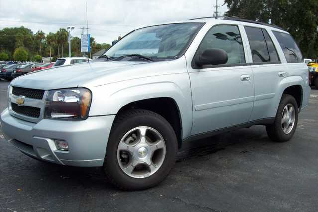 2008 Chevrolet Trailblazer Ls - 57k Mi.