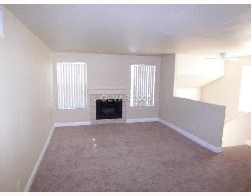Beautiful, Modern, Sunny 3 / Bed / 2bath Condo With Huge Pool