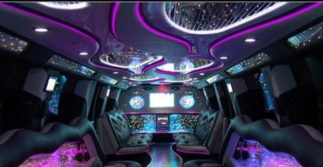 Limo Party Tour & Limo - Club Packages (Starting At $150)
