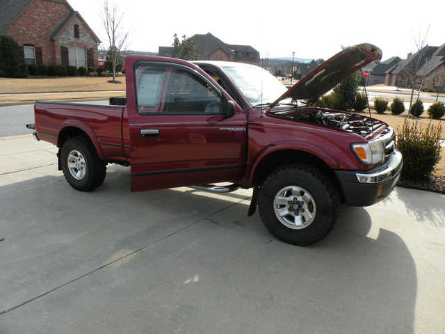 1998 toyota tacoma toyota tacoma truck 2 235 camp point il. Black Bedroom Furniture Sets. Home Design Ideas