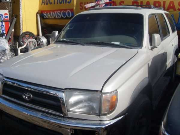 Toyota 4runner 1998 For Parts