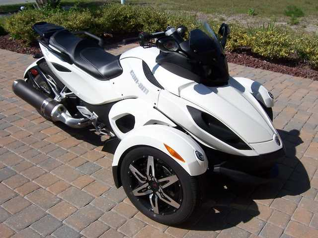 2010 Can - Am Spyder Rs - S Se5 - Automatic
