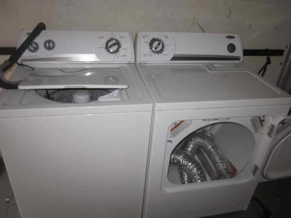 Electric Whirlpool Washer / Dryer