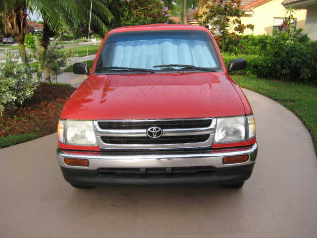 Toyota Tacoma - 1997 Red Automatic - Mint Condition