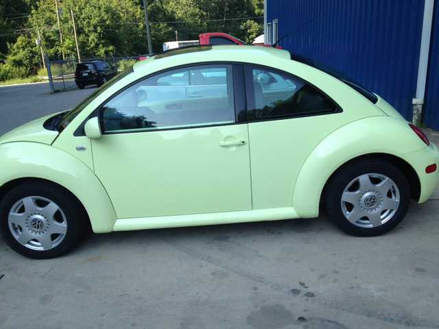 Used Cars Charleston Wv >> 2001 Volkswagon Bug For Sale, Great Condition, Lime Green ...