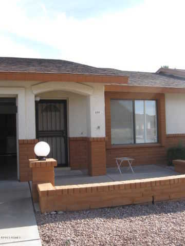 2 Bedroom, 2 Bath Split Floorplan With Enclosed Arizona Room
