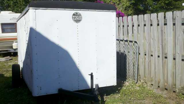 Trailer And Complet Comercial Equipment For Garden