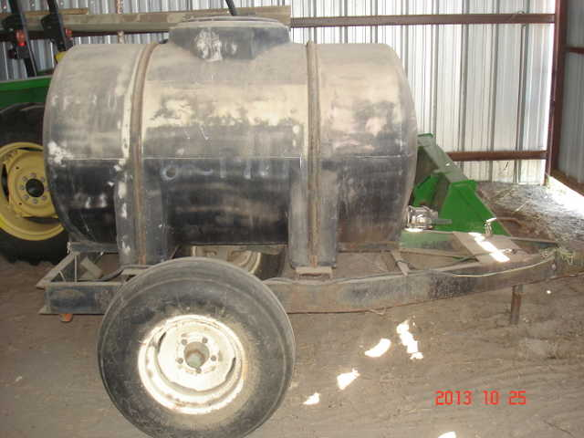 Water Tank On Trailer