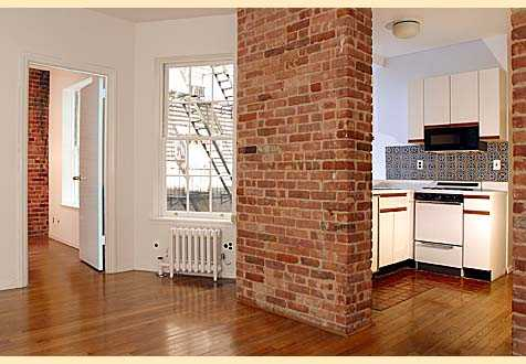 Ues Undermarket 2br Exposed Brick Beauty
