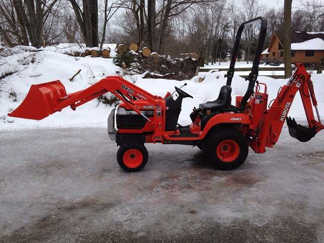 - $4.230 - 2003 Kubota Bx22 Tlb And More