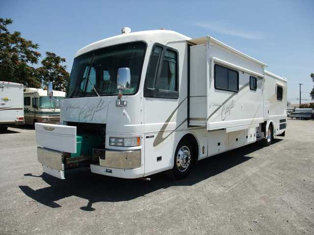American Eagle 40' Luxury Diesel Motorhome 2 Slides! Clean!