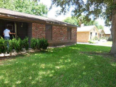 Great Neighborhood In Heart Of Wharton. 3 / 2 / 2 Rent To Own