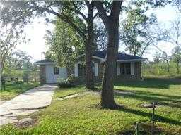 Single Family 3 Bdrm Brick Home. Very Nice!