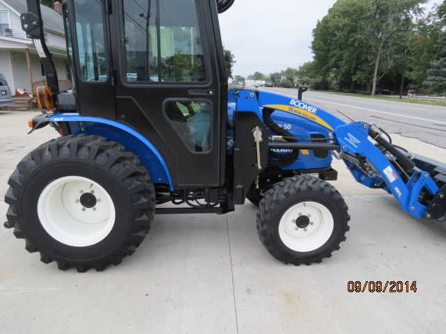 2010 New Holland Boomer 50 Tractor - $3500