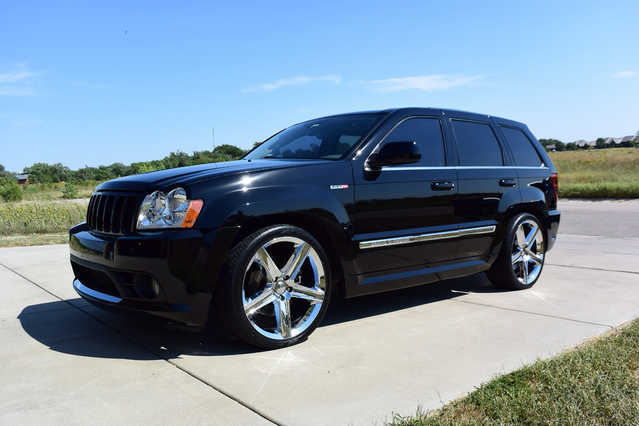 2006 jeep grand cherokee srt8 4wd 22 chrome oem wheels jeep grand cherokee suv 4 000. Black Bedroom Furniture Sets. Home Design Ideas