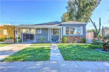 House - Duplex 2 Families 5bed / 2.5 Bath California Helps U Buy