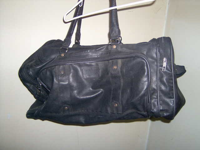 Boarder Brand Leather Duffle Bag