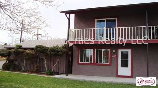 2 Bedroom, 2 Story Duplex, 1 - 1 / 2 Baths, Newer Kitchen And Applian