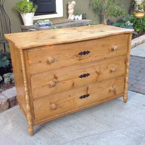 Rustic Country Farmhouse Dresser