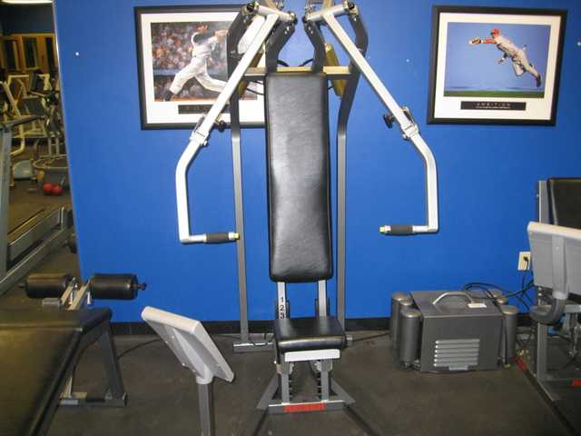 General Merchandise / T - Shirts / Gym Equipment Auction