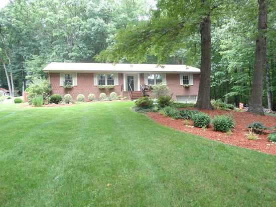 Move - In Ready 2,395 Sf Brick Ranch Home