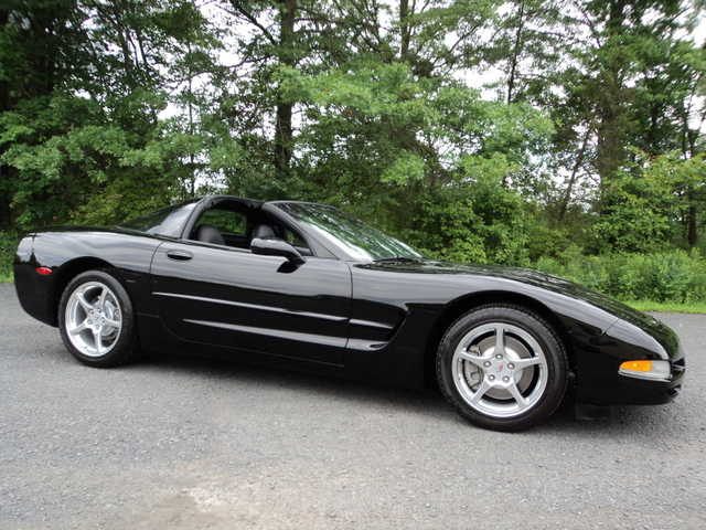 2004 Chevrolet Corvette At $3500