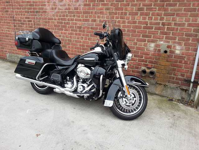 2012 Harley Davidson Flhtk Ultra Classic Limited Edition