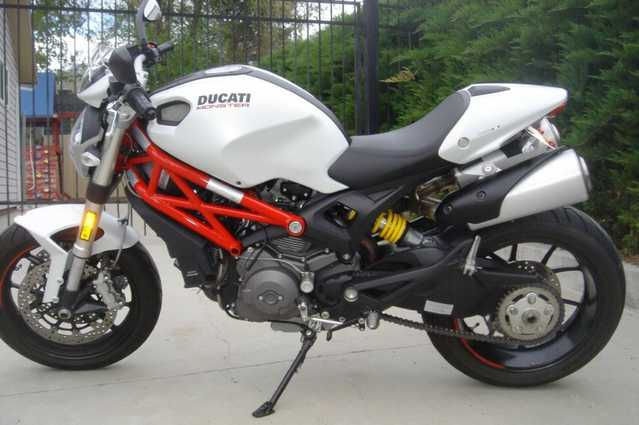 2011 Ducati Monster 796 Pearl White