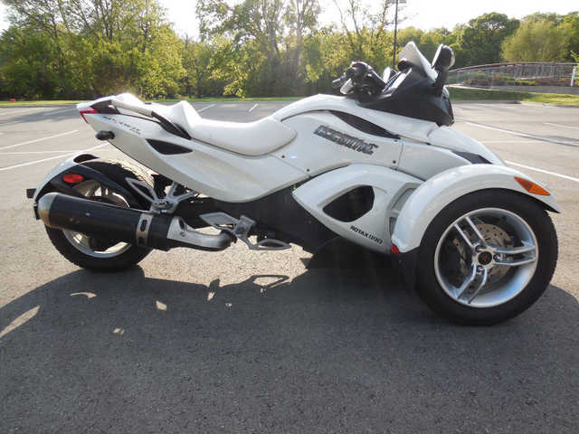 2012 Can - Am Spyder Rs