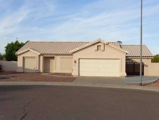 3 Beds· 2 Baths· 2,096 Sqft