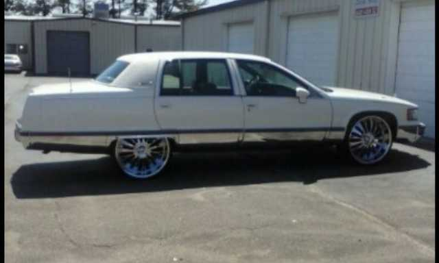 Clean 1994 Cadillac Fleetwood Brougham
