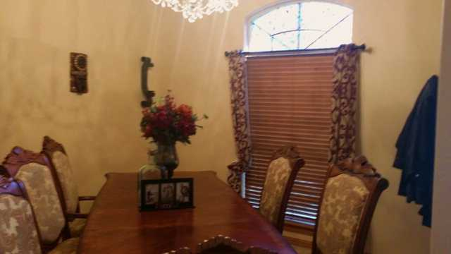Fabulous House Single Family Home Has 4 Bedrooms And 3.0 Bathroom