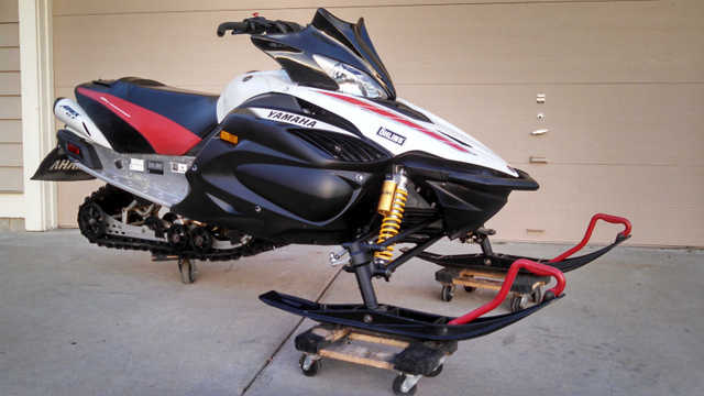 2008 Yamaha Apex Gt At $2000