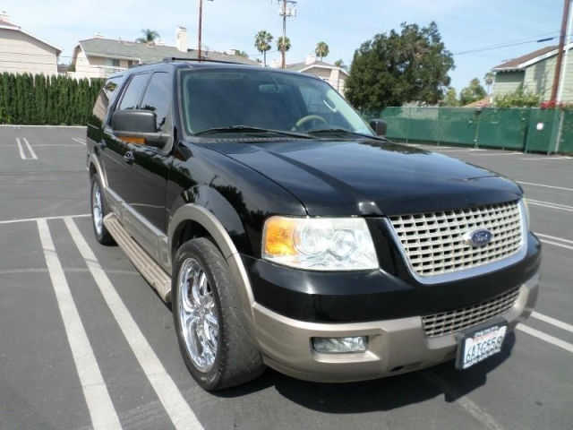 * 2003 Ford Expedition * Awd Clean Title *