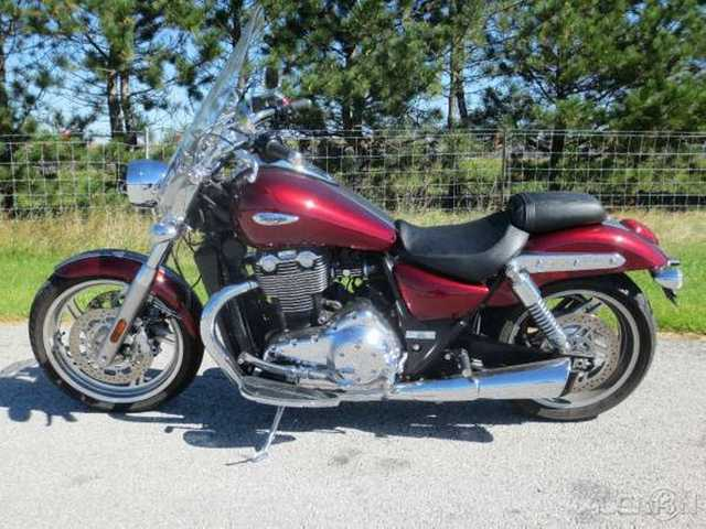 2014 Triumph Thunderbird Commander Clear