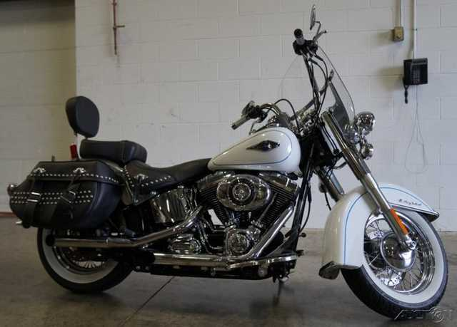 13 Harley - Davidson Softail Heritage Softail Classic