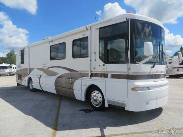 1999 Winnebago Ultimate Advantage At $5000