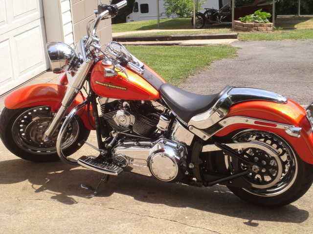 2011 Harley Davidson Fatboy 3600 Miles Rare Color Tequila Sunrise