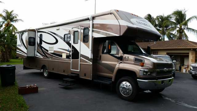 2008 Jayco Seneca Motorhome At $10,000