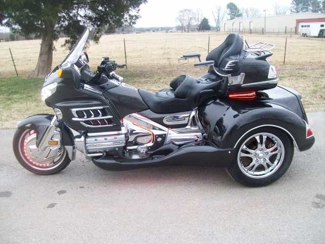 2010 Honda Goldwing Gl1800 Candy Metallic Black Roadsmith Trike