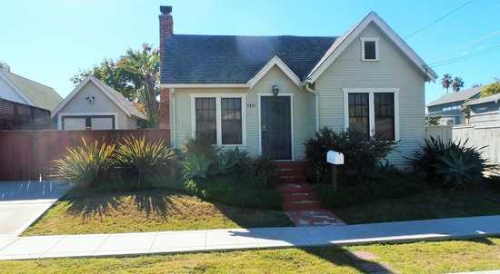 2bed / 1bath Home Available Now