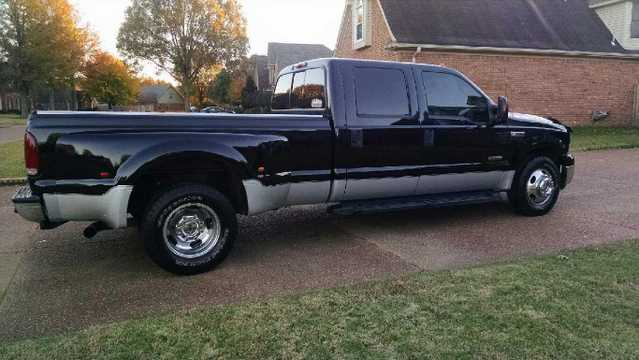 2006 Ford F - 350 Lariat At $4000
