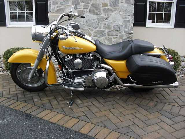 2005 Harley - Davidson Touring Flhrs Road King Custom