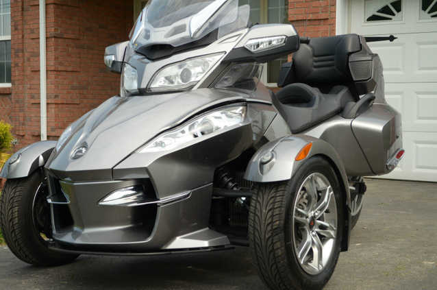 2011 Can - Am Rt - S