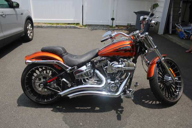 2014 Harley Davidson Screaming Eagle Breakout