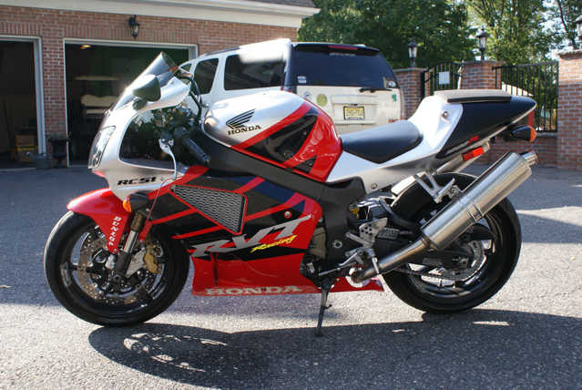 2000 Honda Rc51 Sport Bike