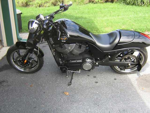 2010 Victory Hammer 8 Ball Special Edition
