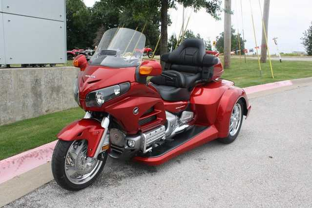 2014 Red Honda Goldwing Gl1800 Roadsmith Trike