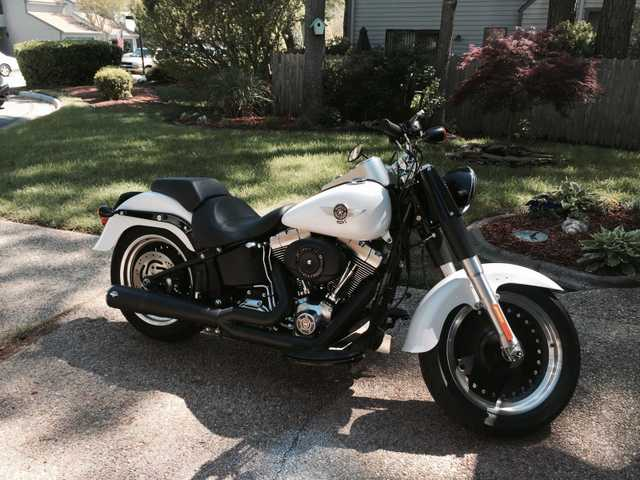2011 Harley Davidson Softail Fatboy - Vance & Hines Pipes