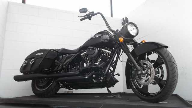 2012 Harley Davidson Road King Classic Flhr